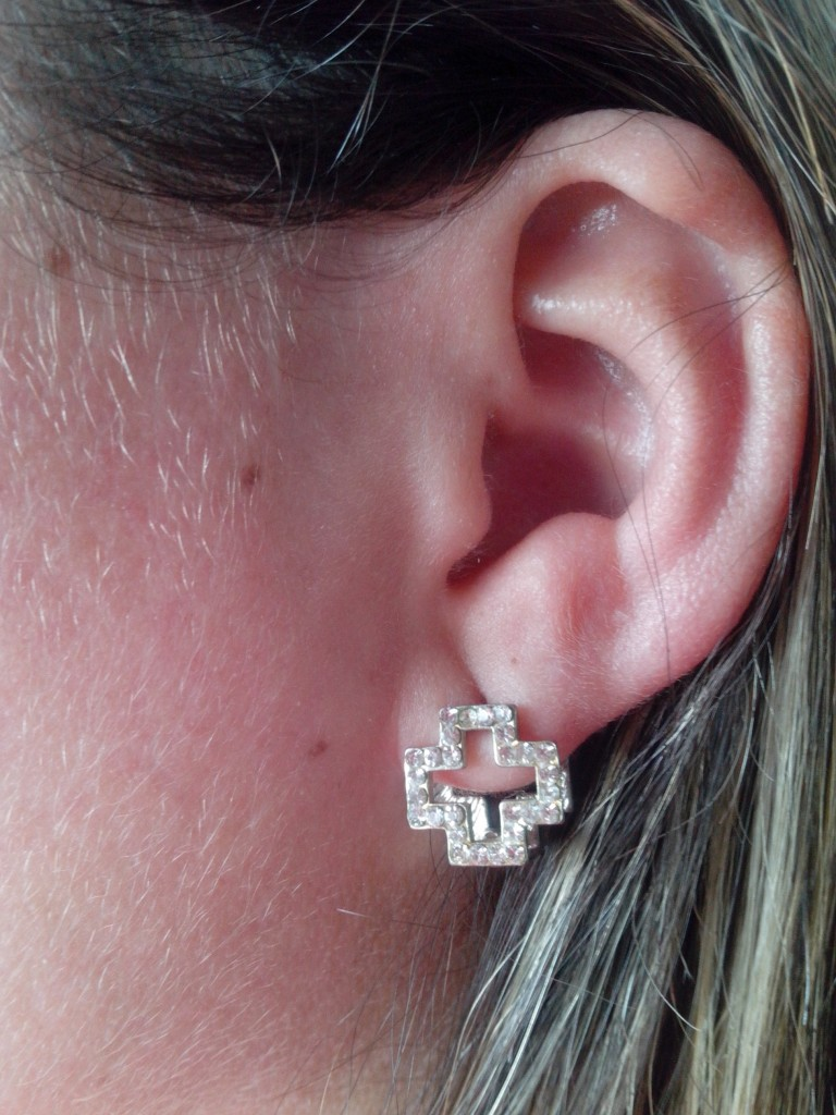 My Girlfriend's Earing, Laibach