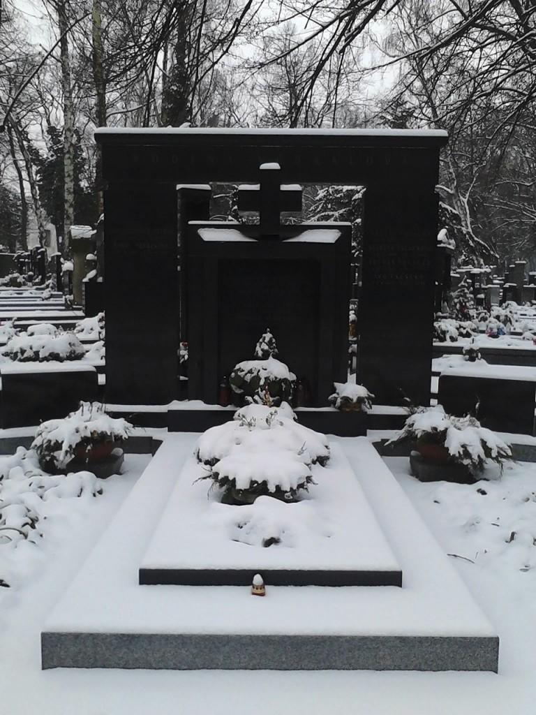 Let's Worship Laibach After Death!